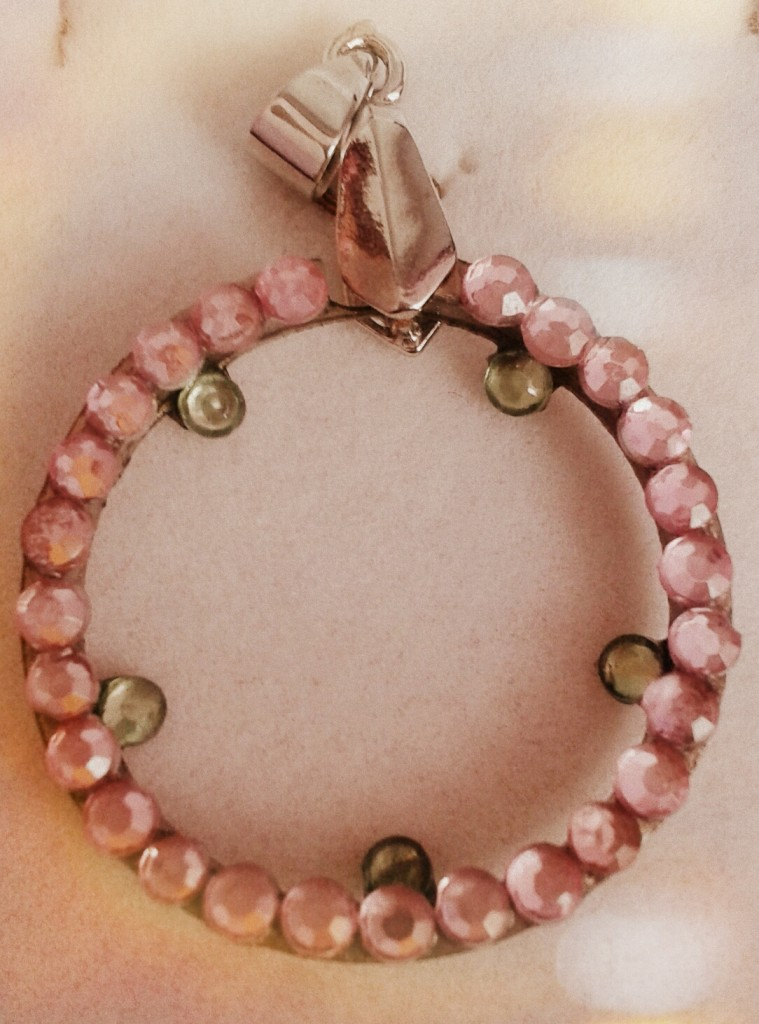 pink-circle-pendant